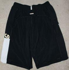Lululemon Men's Shorts Size Small Inner Liner No Cinch Cord