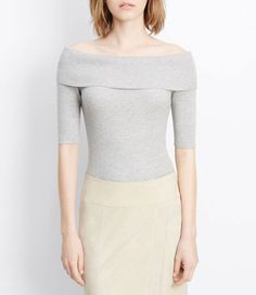 off the shoulder top and pencil skirt = minimal beauty