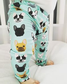 These adorable pants feature French Bulldogs, a must have for any dog loving family. Super cute and fun for a baby boy or baby girl. These leggings are made out of a lightweight and extremely soft jer
