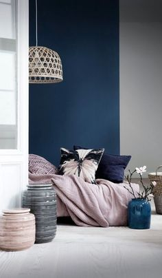The Best Color Trends for Your Living Room Designs in 2017