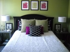 Living room or spare room (Jay) - Black, olive, and fuchsia