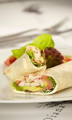 VegKitchen's ideas for vegan sandwich and wraps are perfect for lunch at home, school, or office. Here are our most popular vegan wraps and sandwiches. Lose Weight Quick, Diet Plans To Lose Weight Fast, Heart Healthy Recipes, Whole Food Recipes, Healthy Snacks, Healthy Eating, Low Sugar Recipes, Organic Recipes, Sugar Foods