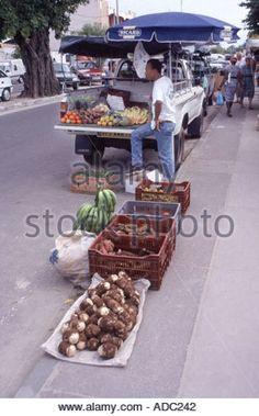 Related image Stuffed Mushrooms, Truck, Place Card Holders, Vegetables, Image, Food, Stuff Mushrooms, Vegetable Recipes, Eten