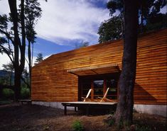 Casa Granero/Barn House, Cazú Zegers G. Wooden Hut, Wooden Barn, Construction, Abandoned Places, Architecture Design, Shed, Cottage, Cabin, House Styles