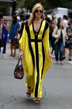 Street fashion wiosna-lato 2015: kolor żółty, fot. Imaxtree