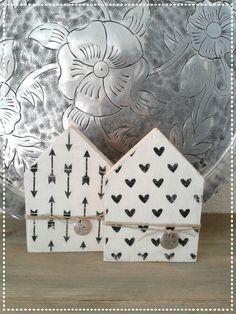 Houten huisjes black&white Made by HippeHuisjes