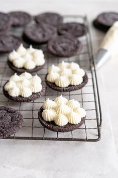 Black Cocoa Sugar Cookie Sandwiches with Cream Cheese Buttercream are the perfect 'grown-up oreo' treat! Soft, chewy black cocoa sugar cookies are paired with a smooth cream cheese frosting to make the perfect sugar cookie sandwich. Chocolate Sugar Cookies, Sugar Cookies Recipe, Cookie Recipes, Oreo Treats, Two Layer Cakes, Vanilla Bean Cakes, Cream Cheese Buttercream, Cookie Sandwiches, Cake Tins