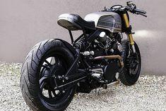IMPERIAL TRANSPORT. The 'Rogue Shadow' Yamaha XV750 from Cardsharper Customs - Pipeburn.com