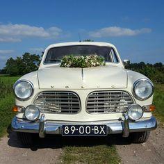 Volvo Amazon '67  #VolvoorLiefde #trouwrijden #trouwauto #volvoamazon Volvo Amazon, Bmw, Riding Habit