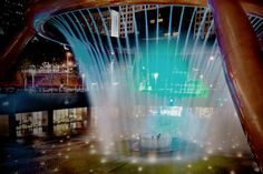 The Fountain of Wealth at Suntec City Mall is listed as the largest fountain in the world in the Guinness Book of Records in 1998. Visitors are invited to walk around the fountain base for good luck during the day and watch the mesmerizing laser performance at night. Nearest MRT: City Hall