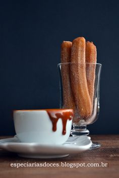 Sweet spices: Mini churros with dulce de leche