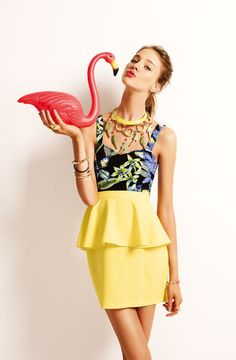 Looove the parrot necklace.. and the flamingo hehe  #parrot #dress #peplum