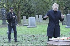 "OUAT 5X21 ""Last Rites"" I'm so happy I don't have to hate the writers because of what happened to Killian now after this episode! Although I will forever hate them for not letting Regina and Zelena have their respecitve happiness! *LONG RANT, ALSO LOT OF CRYING FOR VARIOUS REASONS*"