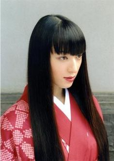黒髪が素敵すぎる! : 栗山千明さんの素敵すぎるキモノ姿まとめ - NAVER まとめ