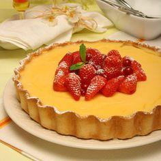 Tarte de morangos cremosa http://www.1001receitasfaceis.net/sobremesas-e-doces/tarte-de-morangos-cremosa❤️vanuska❤️