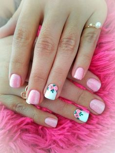Nail art Christmas - the festive spirit on the nails. Over 70 creative ideas and tutorials - My Nails Fancy Nails, Cute Nails, Pretty Nails, Shellac Nails, Nail Polish, Hair And Nails, My Nails, Cute Nail Colors, Easter Nails
