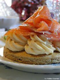 Le tablier gourmet: Pour une entrée de fête, des tartelettes sarrasin, mousse d'asperge et saumon fumé !