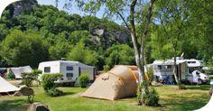 De ontvoerder is in Spanje eigenaar van een camping maar door de crisis en de weinige toeristen geraakte Cor in de schulden.