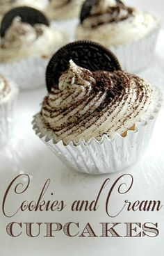 Valentine's Day Party treats - Cookies and Cream Cupcakes Recipe #Cupcakes #Recipes