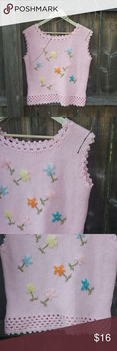 Vintage floral sleeveless knit blouse Super cute! pink floral knit sweater! no labels best fit M Vintage  Tops Blouses