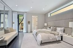 46 East 83rd Street is a sale unit in Upper East Side, Manhattan priced at $18,500,000.