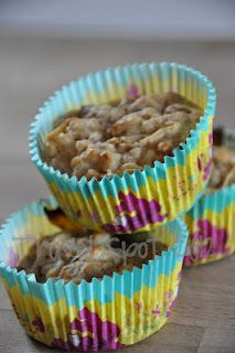 low fat apple oat muffins
