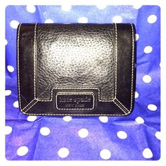 Kate spade black wallet Great condition! No tears or marks. Used for maybe 3 weeks. Very cute and chic! kate spade Bags Wallets