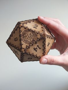 D20 leather dice container handmade forgotten realms d&d rolegame fantasy