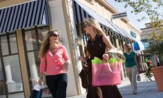 Best shopping and dining experience in the Myrtle Beach area. All the best of the beach. FREE Events and more. A must see on your visit to Myrtle Beach. Myrtle Beach Shopping, Myrtle Beach Resorts, Southern Style, Cool Places To Visit, Charleston, Marketing, South Carolina, Road Trip, Vacation