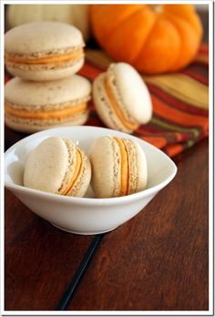 Pumpkin Spice French Macarons | The Marvelous Misadventures of a Foodie