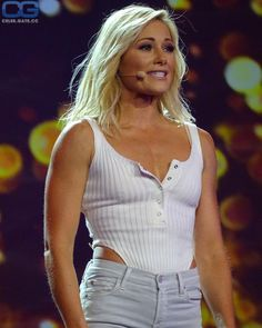 Nude pictures of Helene Fischer Uncensored sex scene and naked photos leaked. Famous Celebrities, Celebs, Fisher, Gorgeous Women, Beautiful, Female Pictures, Just Girl Things, Playboy, Beauty Women