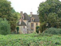 Monteloup ------------ Chapelle de Cérilly