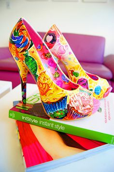 The Joy of Fashion: Sweet Candyland Shoes Pin Up Vintage, Candyland, Cute Shoes, Me Too Shoes, Fab Shoes, Steam Punk, Shoe Boots, Shoes Heels, Crazy Shoes