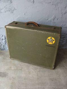 Trunk 40 sUS WWII Antique
