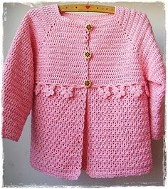 Crochet Baby Cardigan Girl Ravelry 34 New Ideas Crochet Baby Sweaters, Crochet Baby Cardigan, Baby Girl Crochet, Crochet Baby Clothes, Crochet For Kids, Baby Knitting, Knitted Baby, Cardigan Pattern, Gilet Crochet