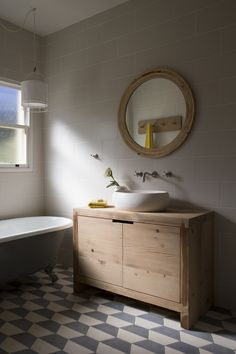 If you have a small bathroom in your home, don't be confuse to change to make it look larger. Not only small bathroom, but also the largest bathrooms have their problems and design flaws. Bathroom Renos, Laundry In Bathroom, Bathroom Flooring, Bathroom Interior, Small Bathroom, Bathroom Ideas, Bathroom Gallery, Bathroom Inspo, Wood Sink