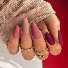 Acrylic Nails Coffin Pink, Simple Acrylic Nails, Fall Acrylic Nails, Almond Acrylic Nails, Short Rounded Acrylic Nails, Almond Nails Red, Matte Gel Nails, Short Pink Nails, Short Almond Nails