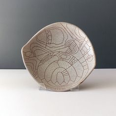 Lapid Israel Abstract Stoneware Platter - Ray New York Sgraffito, Ceramic Decor, Serving Dishes, Platter, Israel, Stoneware, 1960s, Objects, Hand Painted