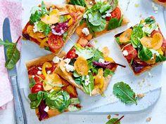 "Veggie-Pizza ""Colour Beauty"" aus Dinkelteig Rezept | LECKER Veggie Pizza, Party Finger Foods, Frittata, Bruschetta, Brunch, Veggies, Cooking Recipes, Snacks, Ethnic Recipes"