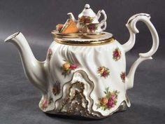 Royal Albert Old Country Roses Mini Figurine Teapot & Lid