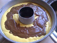 Τέλεια συνταγή για ένα ζουμερό κέικ μπανάνας και πραλίνας σοκολάτας!