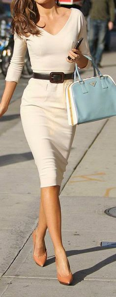 An AMAZING dress! I never had a dress fit me so perfectly and have received many compliments on it. It is great that with a change of a belt and shoes, gives it an entire new look! 5 office outfits - eclectic style - part 5