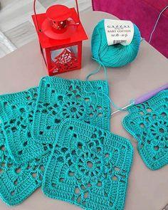 "753 Beğenme, 3 Yorum - Instagram'da Hayatın Akışı (@begendim.sergiledim): ""♥️🌼♥️🌼♥️🌼♥️ 🔹🔹🔹🔹🔹🔹🔹 @begendim.sergiledim 🔸🔸▪️▪️▪️🔸🔸 #alıntı#pinterest #motif #motifliyelek…"" Crochet Bolero Pattern, Baby Afghan Crochet, Granny Square Crochet Pattern, Crochet Squares, Crochet Blanket Patterns, Crochet Motif, Crochet Doilies, Hand Crochet, Crochet Stitches"