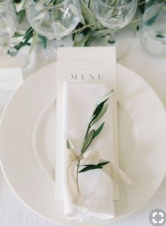 Gorgeous Organic Tuscany Wedding While on white accented by the prettiest touch of greenery makes this place setting special! The post Gorgeous Organic Tuscany Wedding appeared first on Hochzeit ideen. Wedding Places, Our Wedding, Dream Wedding, Trendy Wedding, Church Wedding, Wedding Table Decorations, Wedding Centerpieces, Candle Centerpieces, Decor Wedding