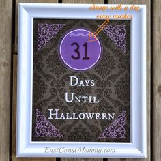 Halloween countdown {FREE printable}. Print it, stick it in a dollar store frame, and update it daily with a dry erase marker. Easy, inexpensive, and so cute!