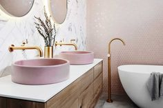 Five Kitchen Trends Of 2019 – Apartment Number 4 - Modern Bad Inspiration, Bathroom Inspiration, Fashion Inspiration, Modern Bathroom, Master Bathroom, Gold Bathroom, Bathroom Vanities, Reece Bathroom, Bathroom Tapware