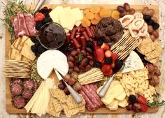 Creating the Ultimate Charcuterie Board