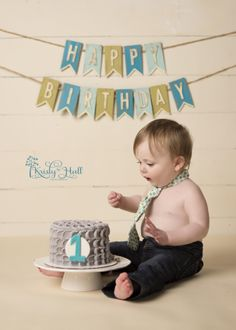 Banner in background 1st Birthday Cake Smash, Baby Boy 1st Birthday, Birthday Fun, Birthday Ideas, Baby Boy Cakes, Baby Boy Gifts, Cakes For Boys, First Birthday Pictures, Cake Smash Photography