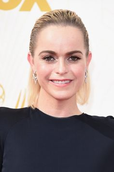 Pin for Later: Zoom Sur Tous les Beauty Looks des Emmy Awards Taryn Manning