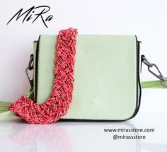 🎀👛🎀Green Adelaide bag and pink Maxi Beads necklace  🎀www.mirasstore.com @mirassstore
